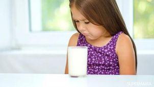 شرب الأطفال للبن