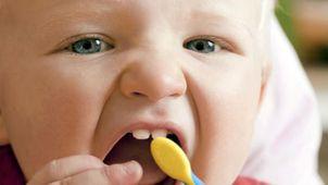 أسنان الطفل