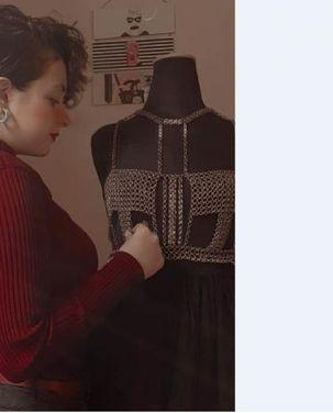 سميرة مع فستانها