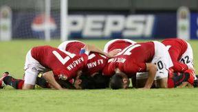 منتخب الساجدين لقب المنتخب المصري