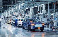 مصنع سيارات BMW