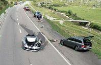 تصادم سيارتين (بوجاتي شيرون وبورش 911)