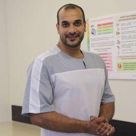 عرفهم سماحة الإسلام.. روسيا تحتفي بطبيب مصري ينشئ مبادرة لمرضى السرطان