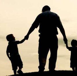 4 نصائح تقدمها لوالدك في «عيد الأب»: قلل الملح وامشي كتير
