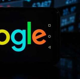 تحذير عاجل من جوجل عن تطبيق يتضمن 19 ثغرة.. «طريقة حل واحدة»