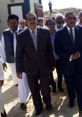 محافظ مطروح ووكيل وزارة التربية والتعليم خلال احدى الزيارات الميدانية لمدرسة 30 يونيو في الضبعة