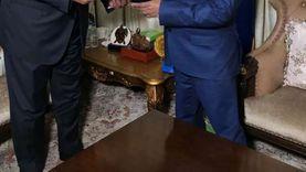 سامح شكري يسلم رسالة السيسي إلى رئيس جزر القمر