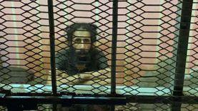 إخلاء سبيل أم حبست ابنها داخل قفص حديد 18 شهراً بالدقهلية