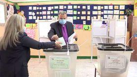 رئيس الطائفة الإنجيلية بمصر يدلي بصوته في انتخابات مجلس الشيوخ