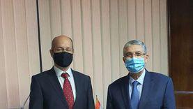 وزير الكهرباء يبحث مع سفير المجر سبل التعاون