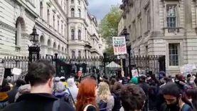 هتاف ولافتات وخطابات مسيرة لدعم الفلسطينيين في لندن