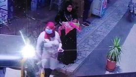 """""""مقطع فيديو"""" يقود الأمن لضبط متهمة بخطف وسرقة طفلة بالدقهلية"""