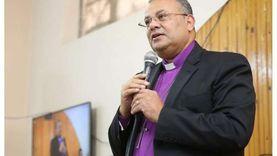 رئيس الإنجيلية يلقي أولى عظاته اليوم بعد 4 أشهر من الانقطاع