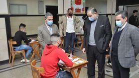 رئيس جامعة كفرالشيخ يتابع الامتحانات ويوجه بتوفير كافة سبل الراحة