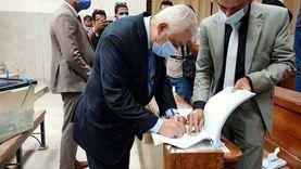 وزير التعليم يدلي بصوته في ثاني أيام انتخابات الشيوخ