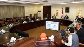 وزير الإسكان عن مشروعات «حياة كريمة»: يتابعها الرئيس مباشرة