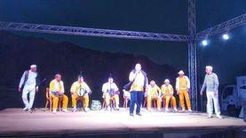 مسرح قصر الثقافة المتنقل يواصل فعالياته بوادي مندر في جنوب سيناء