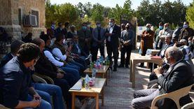 «موبايل أبليكيشن» وإنترنت مجاني.. قرية «تونس» تسوق منتجاتها بالفيوم