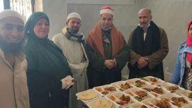 «مطبخ الخير».. لحم وفراخ وأرز بسمن بلدي: لقمة هنية لأسرة منياوية