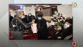 وفد كنسي يقدم الورود لجيرانهم المسلمين في افتتاح مسجد بالمحلة (فيديو)