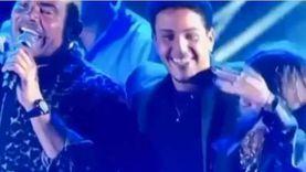 عمرو دياب ينشر فيديو بصحبة توأمه ويعلق: «Different age ..same love»