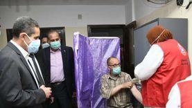 الجامعات تبدأ في تطعيم أعضاء هيئة التدريس والطلاب بلقاح كورونا