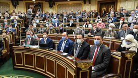 رئيس النواب للأعضاء: لن نعطي الكلمة لمن فات دوره وهو خارج القاعة