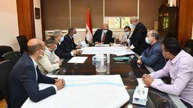 وزير الإسكان يتابع موقف تنفيذ مشروعات تجديد شبكات مياه الشرب بالقاهرة