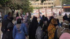 توافد طلاب الثانوية لأداء امتحان اللغة الأجنبية الثانية في الهرم
