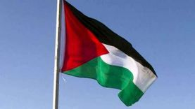 الحكومة الفلسطينية تدفع جزءا من رواتب موظفيها وسط أزمة مالية