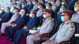 صور.. السيسي يشهد عروضا عسكرية وقتالية في حفل تخرج دفعة جديدة من الكليات العسكرية