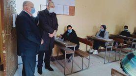 محافظ القاهرة يتفقد لجان امتحانات التيرم الأول ويشيد بتطبيق تدابير كورونا