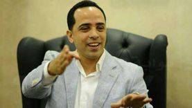 """أستاذ قانون: ملف حقوق الإنسان في مصر تطور بشكل كبير.. و""""لن يعلمنا أحد إنسانيتنا"""""""