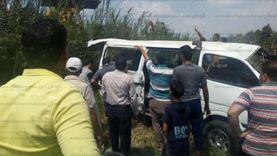 مصرع سيدة وإصابة اثنين إثر سقوط شجرة على ميكروباص في بسيون