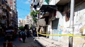 انهيار أجزاء من عقار مأهول بالسكان بوسط الإسكندرية.. والحي: لا إصابات
