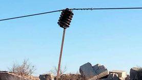 بعد مصرع طفل صعقا بالعريش.. شركة الكهرباء ترفع أسلاك ملقاة على الأرض