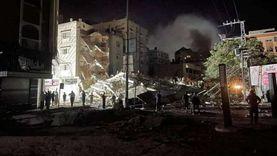 الاحتلال يدمر منزلاً في دير البلح.. ودوى صفارات الإنذار في «نتيفوت»