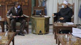 """مستشار رئيس تشاد: اللغة العربية أصبحت مساوية لـ""""الفرنسية"""" بسبب علماء الأزهر"""