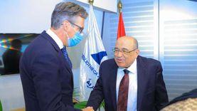 مدير مكتبة الإسكندرية يستقبل السفير البريطاني في مصر