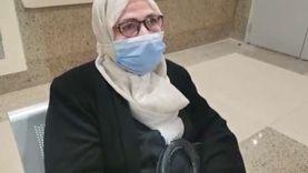 أول سيدة تحصل على لقاح كورونا لأهالي الإسماعيلية: «متخافوش»