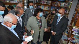 وزيرة الثقافة ومحافظ بورسعيد يتفقدان منفذ الهيئة العامة للكتاب ببورفؤاد