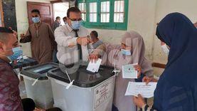 """""""الأحزاب والسياسيين"""": إقبال كثيف على انتخابات الشيوخ في بني سويف"""