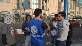 «فطار وتوعية».. شباب الإسكندرية يوزعون 2200 وجبة ورسائل توعية