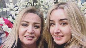 هنا الزاهد لوالدتها في مرضها: «جه الوقت اللي أقولك فيه إنك أفضل أم»