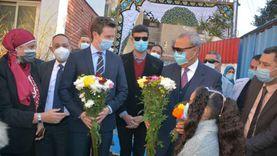 محافظ القليوبية يستقبل سفير السويد في القناطر (صور)