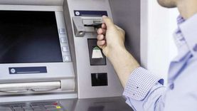 البنوك تسعد لصرف مرتبات يناير بضخ مبالغ كافية بماكينات الـ«ATM»