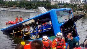 مصرع 15 شخصا جراء سقوط حافلة في نهر جنوب شرق نيجيريا