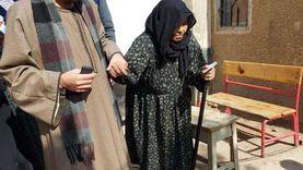 """الحاجة """"ريا"""" 80 عاما تدلي بصوتها وتدعو المواطنين للمشاركة في الانتخابات"""