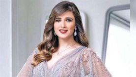 ياسمين عبدالعزيز تتجاهل خبر وفاة جد أولادها بسبب خلافها مع طليقها