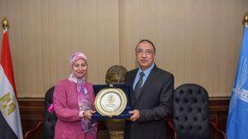 مدير التوثيق بديوان محافظة إسكندرية تفوز بجائزة أفضل موظفة عربية